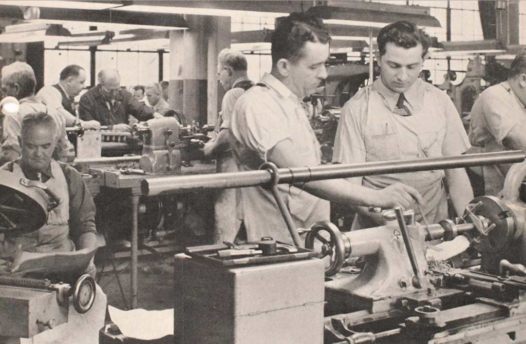 Image of Pitney Bowes factory floor