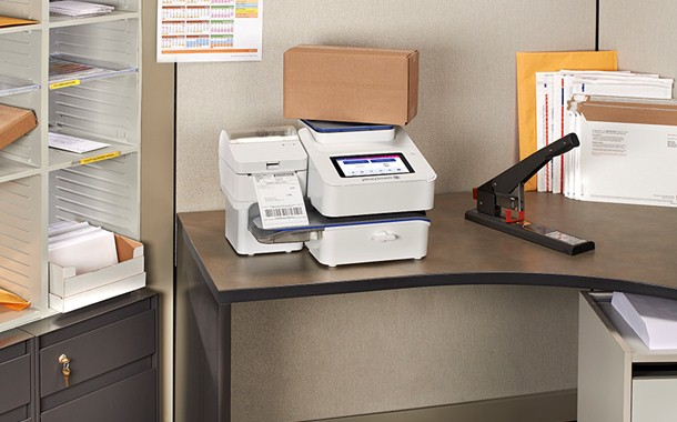 SendPro C-Series weighing box and label printer